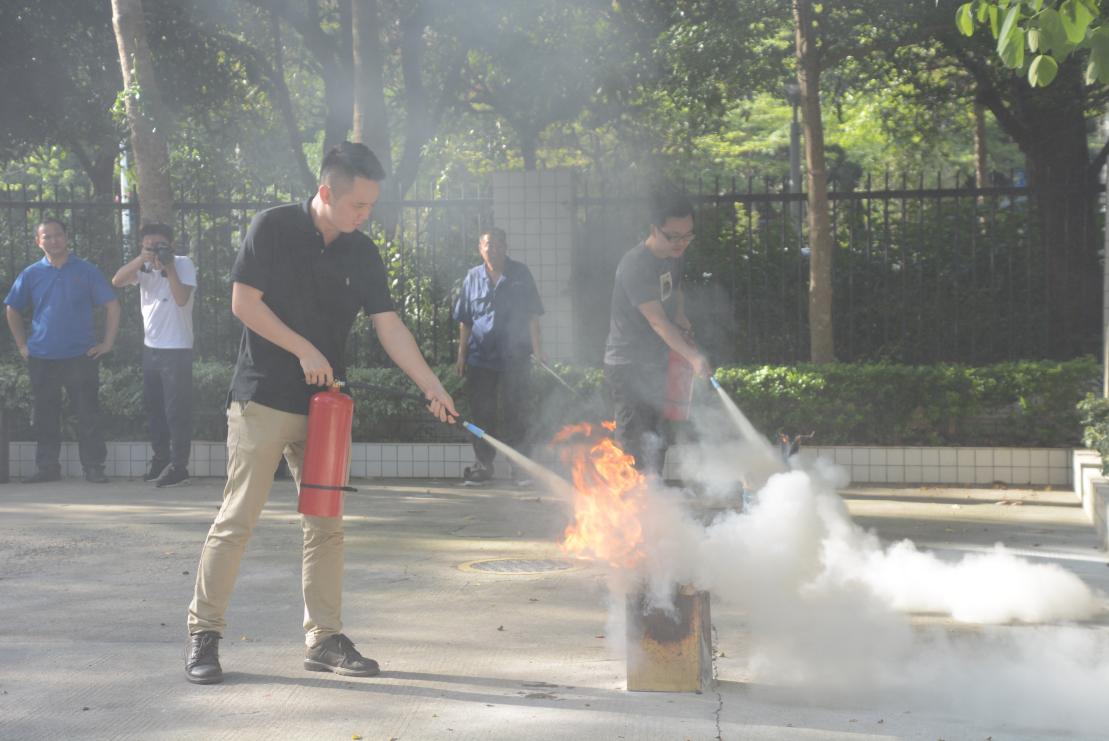 优才公司全员参与安全消防演习